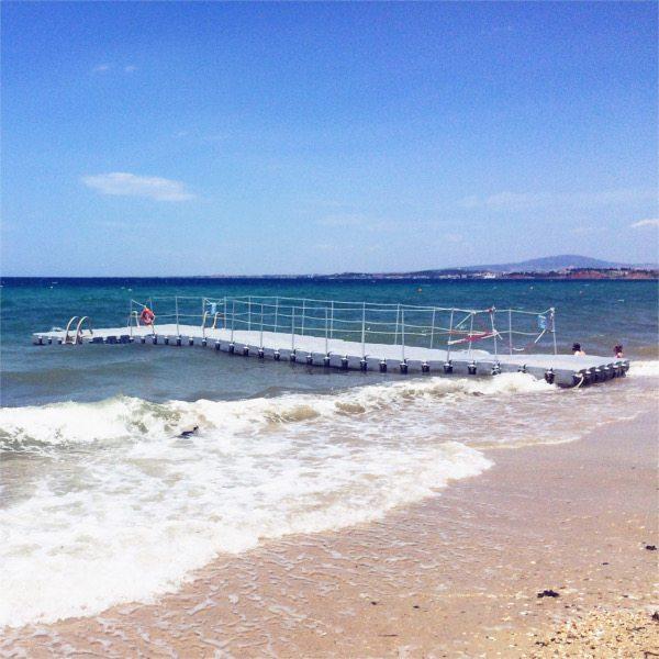 beach life greece