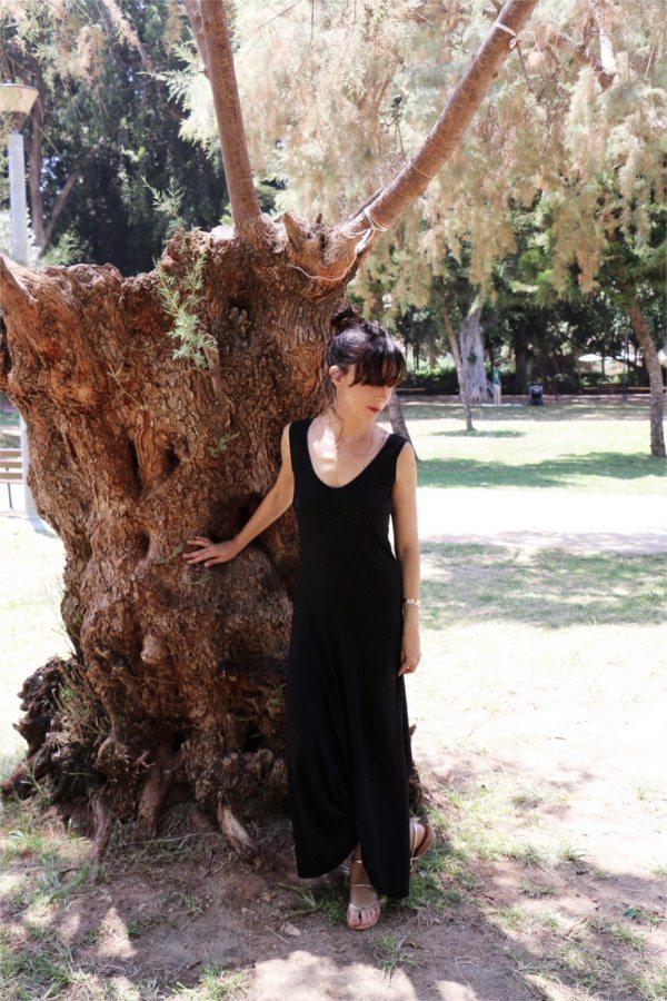 eesha black dress