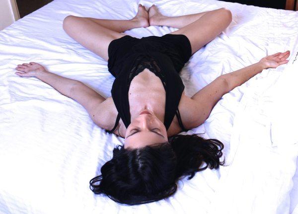 goddess stretch