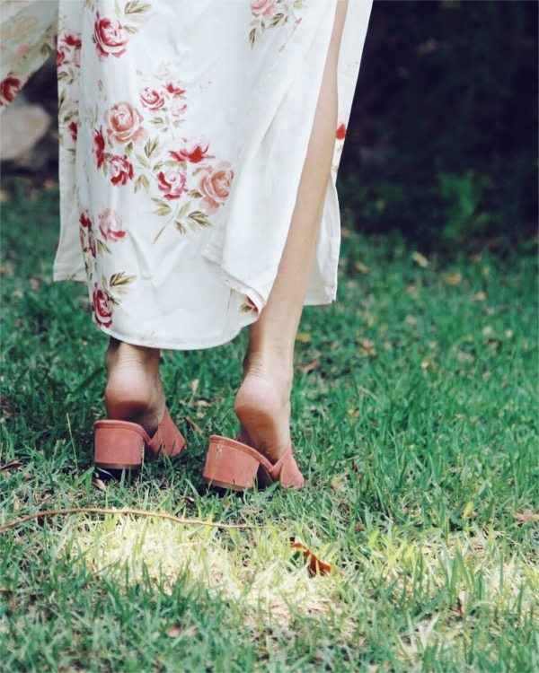 revolve shoes