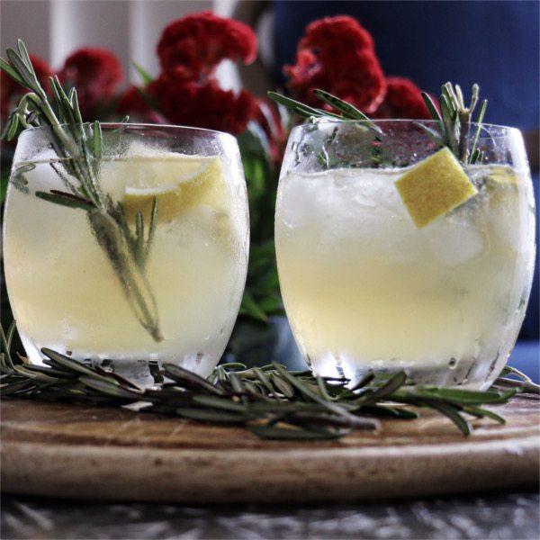 lemon rosemary honey cocktail